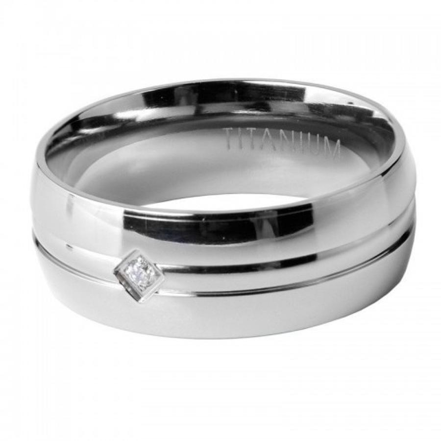 Titanium men's ring with Cubic Zirconia cryst