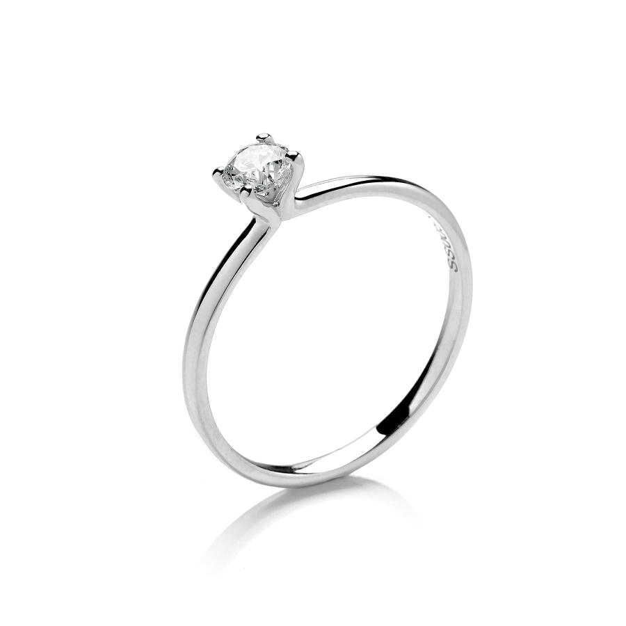 0.25ct Solitaire Diamond Ring