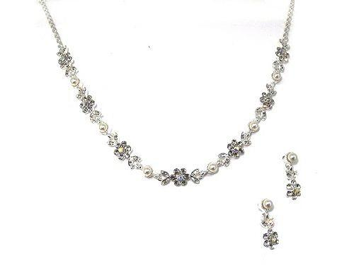 Flower Crystal & Pearl Necklace & Earring Set