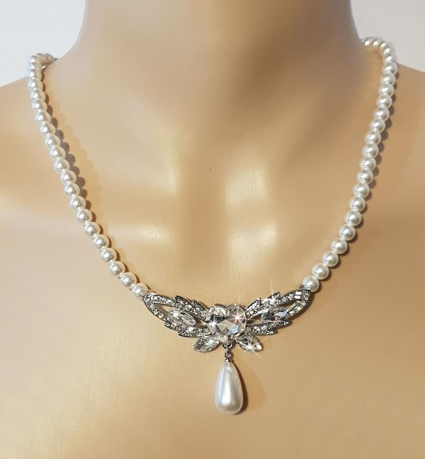 Pearl & Crystal Vintage Heart Detail Necklace