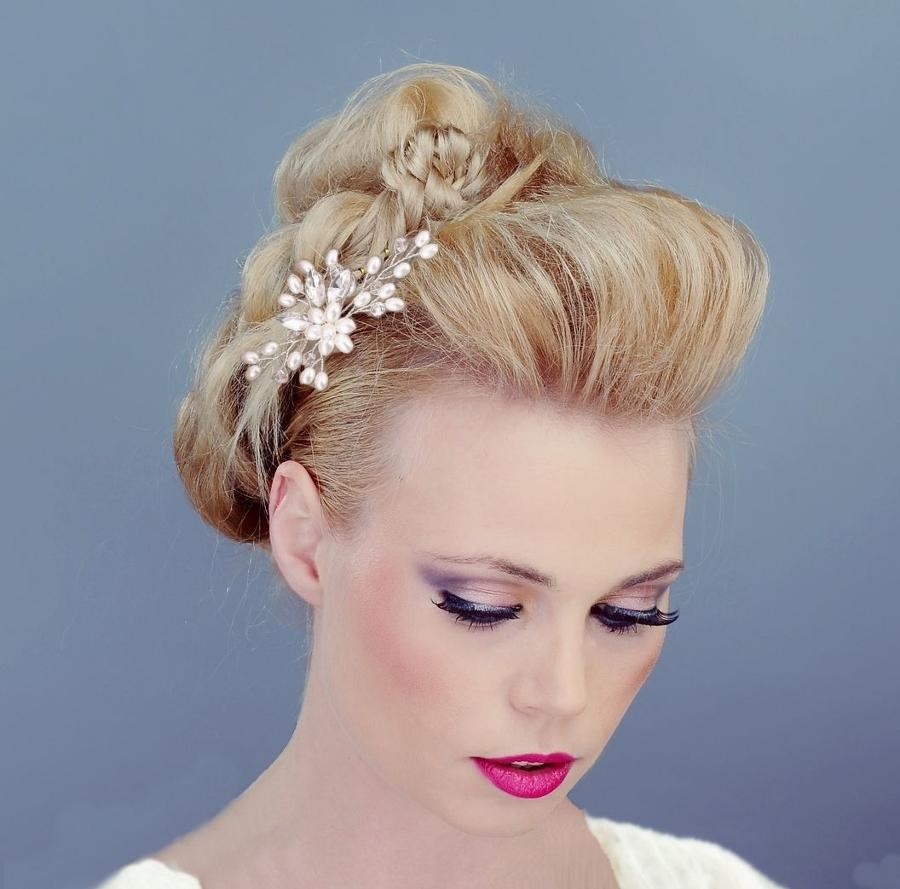Pearl Flower & Crystal Hair Pin