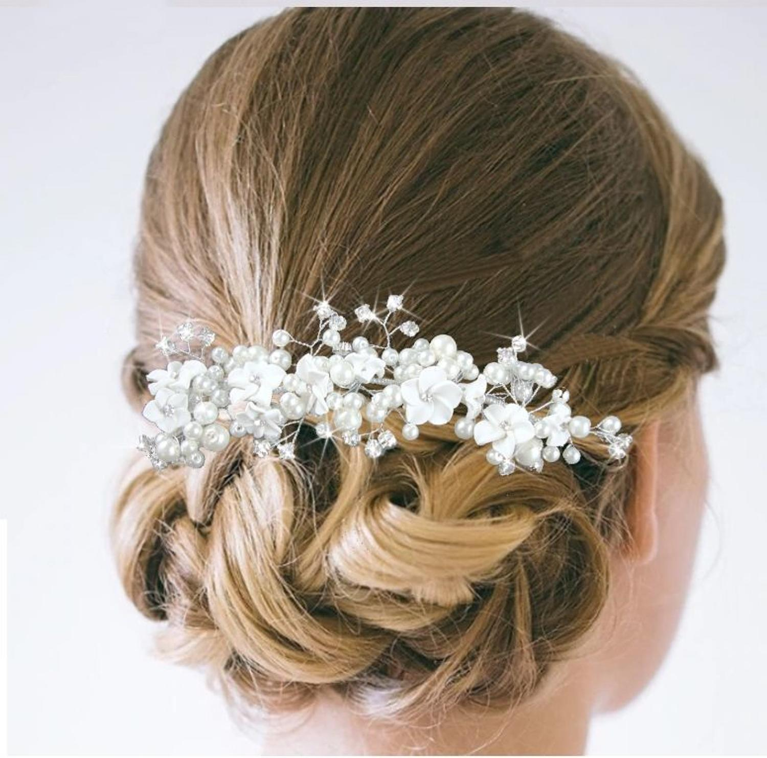 Ivory flowers, Pearls & Crystals Hair Comb
